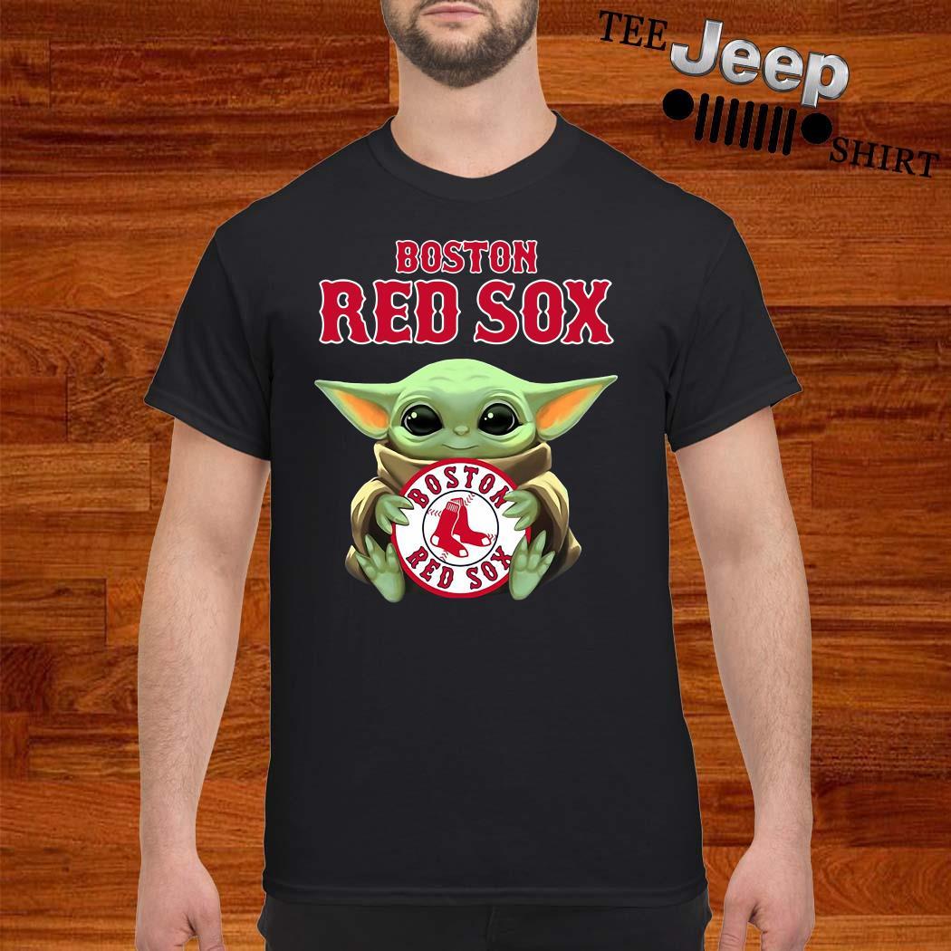 Baby Yoda Hug Boston Red Sox Shirt