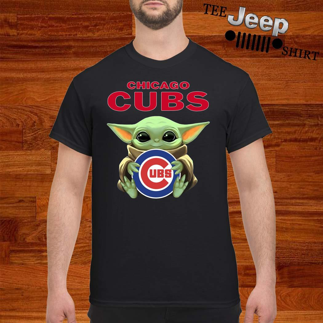 Baby Yoda Hug Chicago CUBS Shirt
