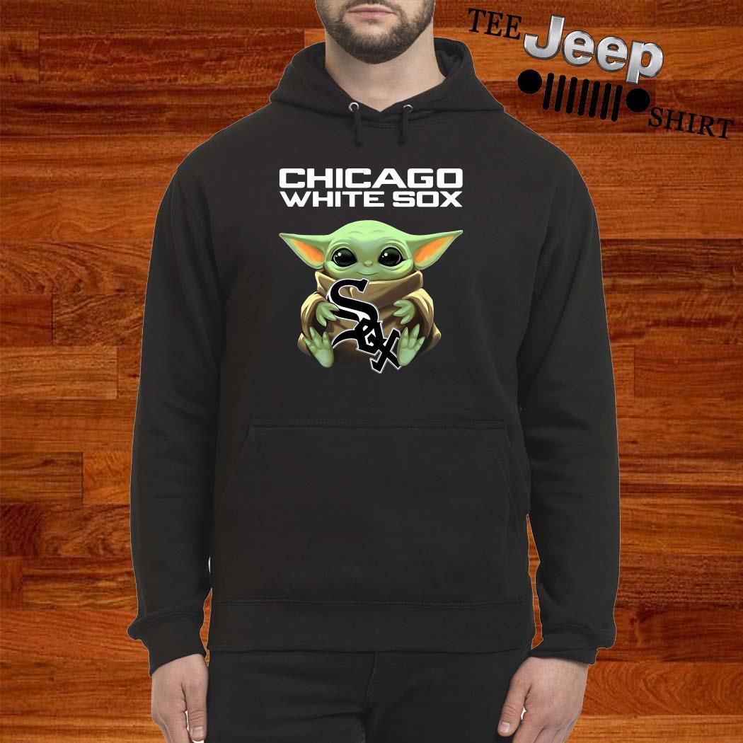Baby Yoda Hug Chicago White Sox Hoodie