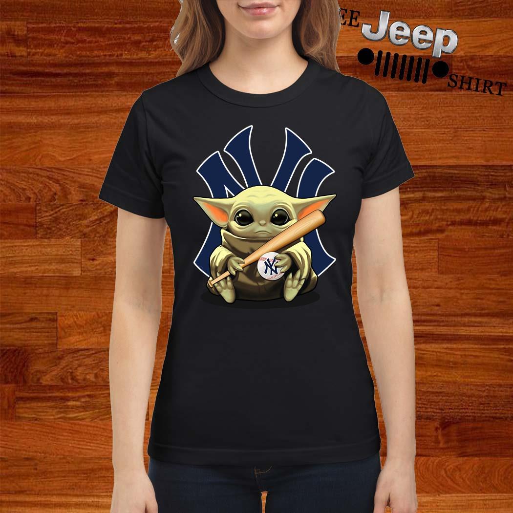 Baby Yoda Hug New York Yankees Ladies Shirt