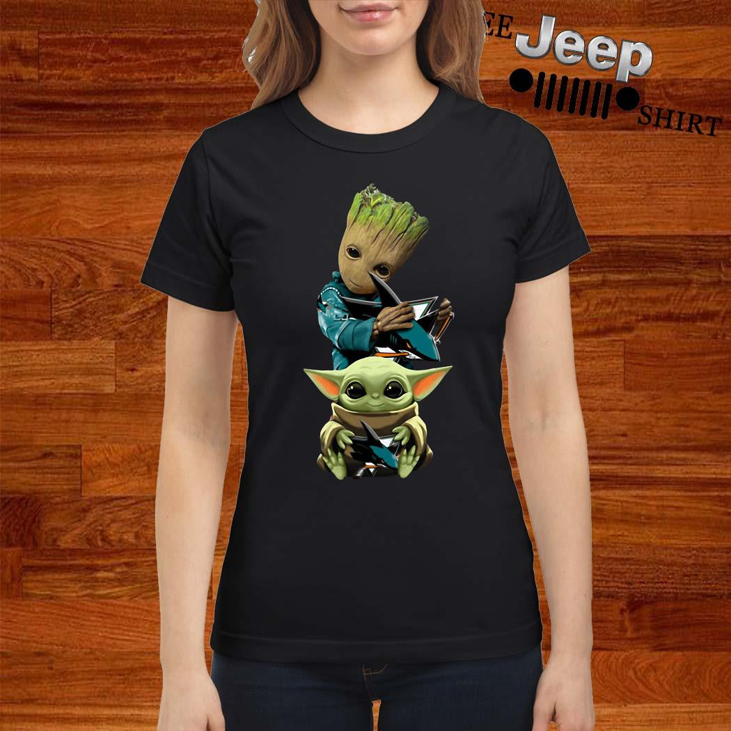 Baby Groot And Baby Yoda Hug Philadelphia Flyers Ladies Shirt